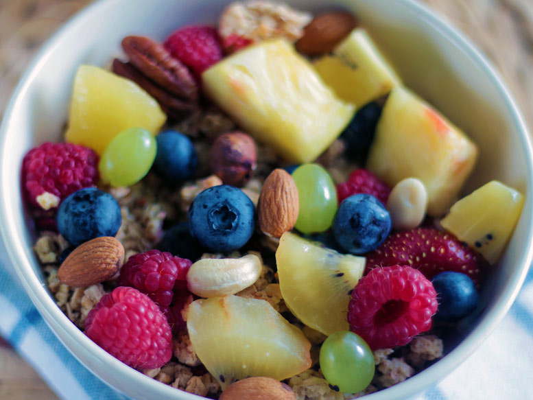 gesundes Müsli Frühstück für Surfer